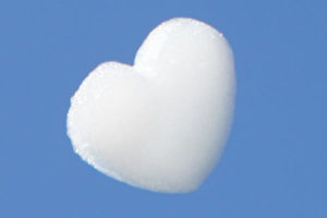 wolkenmacher logo wolken schaumwolke herz